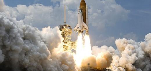 800px-STS-125_Atlantis_Liftoff_02