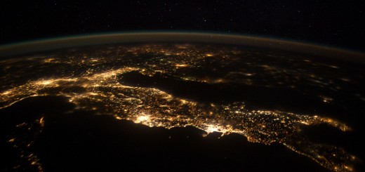 italy-night-photo-space-station-astronaut