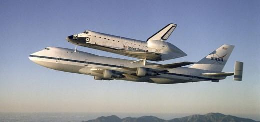 770px-Atlantis_on_Shuttle_Carrier_Aircraft