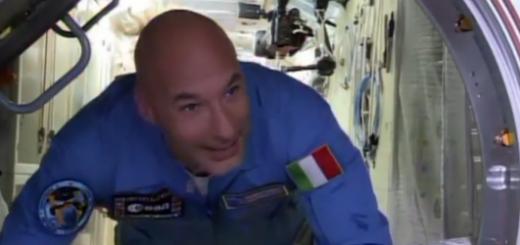 Parmitano entra nella ISS