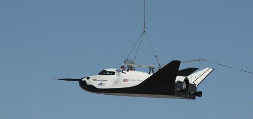 Il Dream Chaser nel sul secondo volo di test vincolato