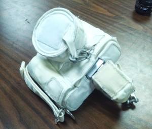 Una fotocamera con il rivestimento termico per EVA. Fonte: Samantha cristoforetti