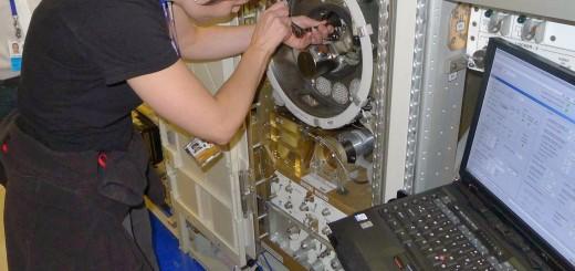 Samantha Cristoforetti si addestra al Material Science Laboratory nel mockup della ISS al JSC. Fonte: Samantha Cristoforetti