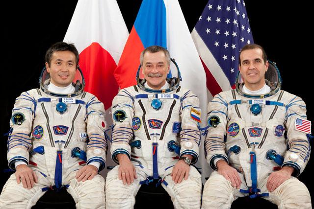 L'equipaggio della Soyuz TMA-11M: da sinistra Koichi Wakata, Mikhail Tyurin and Rick Mastracchio. Credit: Gagarin Cosmonaut Training Center.