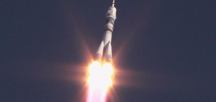Il lancio della Soyuz TMA-11M. Credit: NASA TV.
