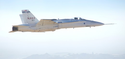 ed13-0362-084-aac-lvac-fa-18-in-flight_1