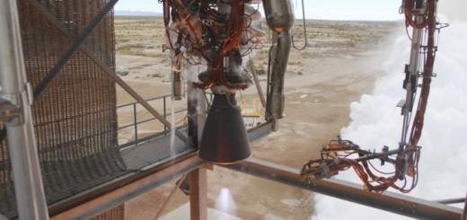 Il motore BE-3 di Blue Origin durante il test di accensione. Credit: Blue Origin.