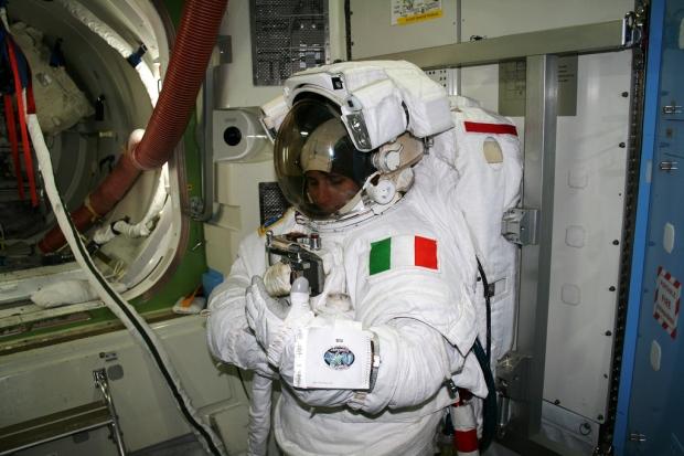 [IMG]http://www.astronautinews.it/wp-content/uploads/2014/03/6274121736_0535010b5f_b-large-620x413.jpg[/IMG]