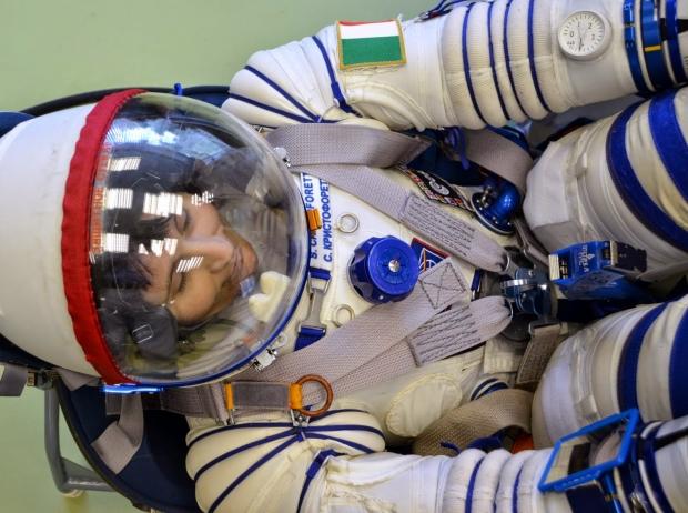 [IMG]http://www.astronautinews.it/wp-content/uploads/2014/08/1-DSC_2109-620x462.jpg[/IMG]
