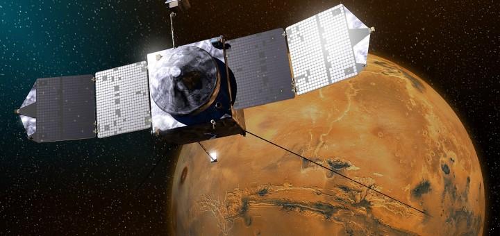 Un'immagine artistica di MAVEN nei prerssi di Marte. Credit: Lockheed Martin