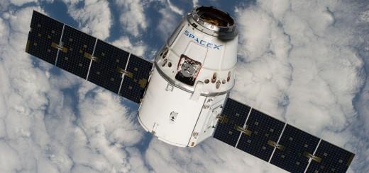 La capsula Dragon CRS-4  ripresa dalla ISS - Fonte SPACEX