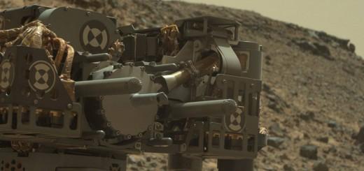 Il trapano di Curiosity ripreso dalla MASTCAM il 24 febbraio 2015. Image Credit: NASA/JPL-Caltech/MSSS.
