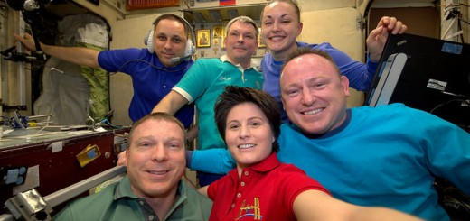 Our last minutes together as Exp42 crew. It's been a pleasure serving on ISS with these wonderful people - © astrosamantha on flickr/twitter