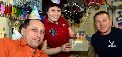 Happy Birthday @AstroSamantha! We had a great time celebrating as a crew - © astro_terry on instagram/twitter