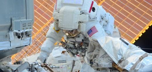 Scott Kelly durante la EVA 34 (Dicembre 2015). (C) NASA/Tim Peake