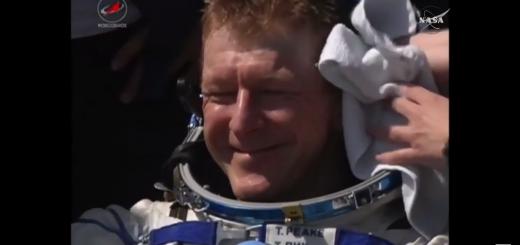 Tim Peake pochi istanti dopo il rientro - (C) NASA Tv