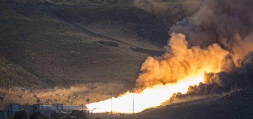 Il secondo test di accensione del booster di SLS - Credits: NASA/Bill Ingalls