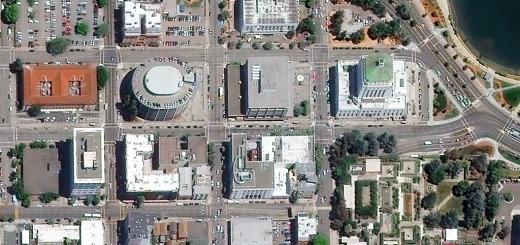 Il centro di Oakland fotografato dal WorldView-2 lo scorso 20 Luglio. (C) DigitalGlobe.