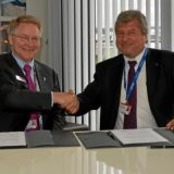 David Thompson di Orbital ATK e Walter Cugno di Thales Alenia Space.