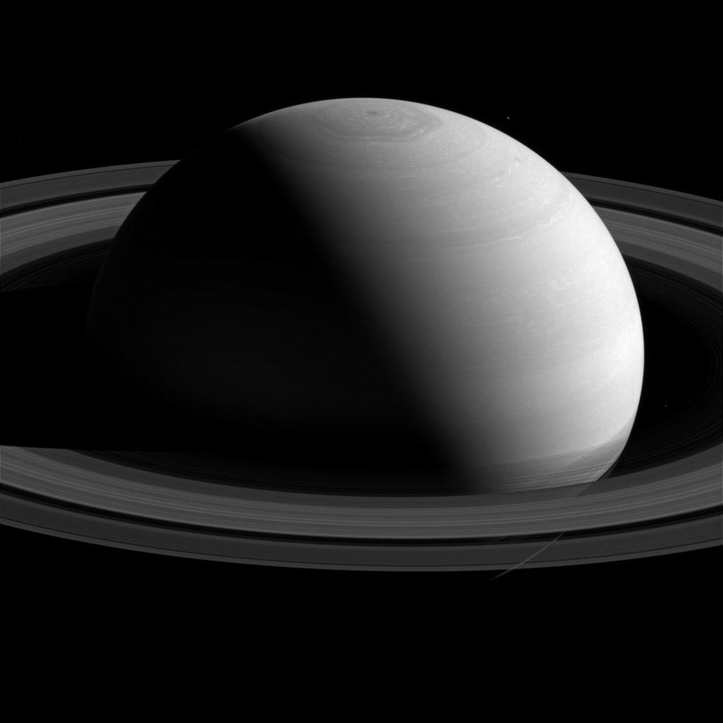 Cassini comincia l'ultimo anno di osservazione di Saturno