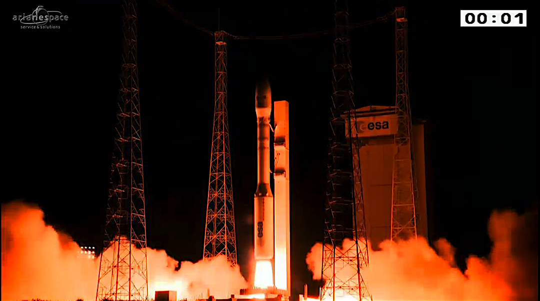 Vega immette 5 satelliti in orbita